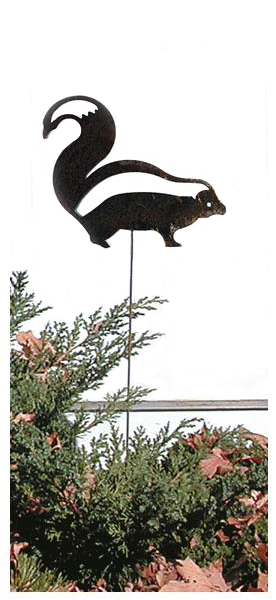 Skunk - Rusted Garden Stake